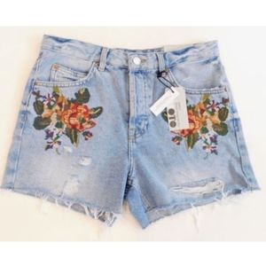 Topshop MOTO Ashley Embroidered Jean Shorts Sz 6